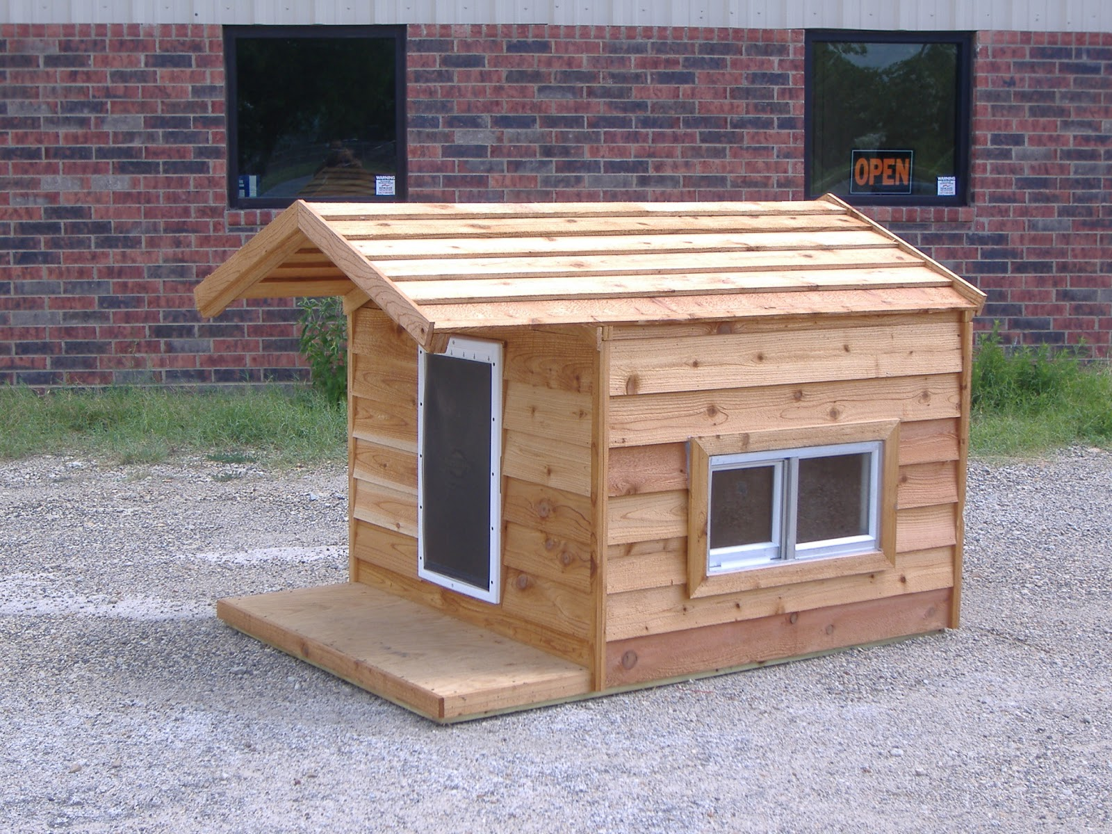 Diy dog houses dog house plans aussiedoodle and for Insulated heated dog house